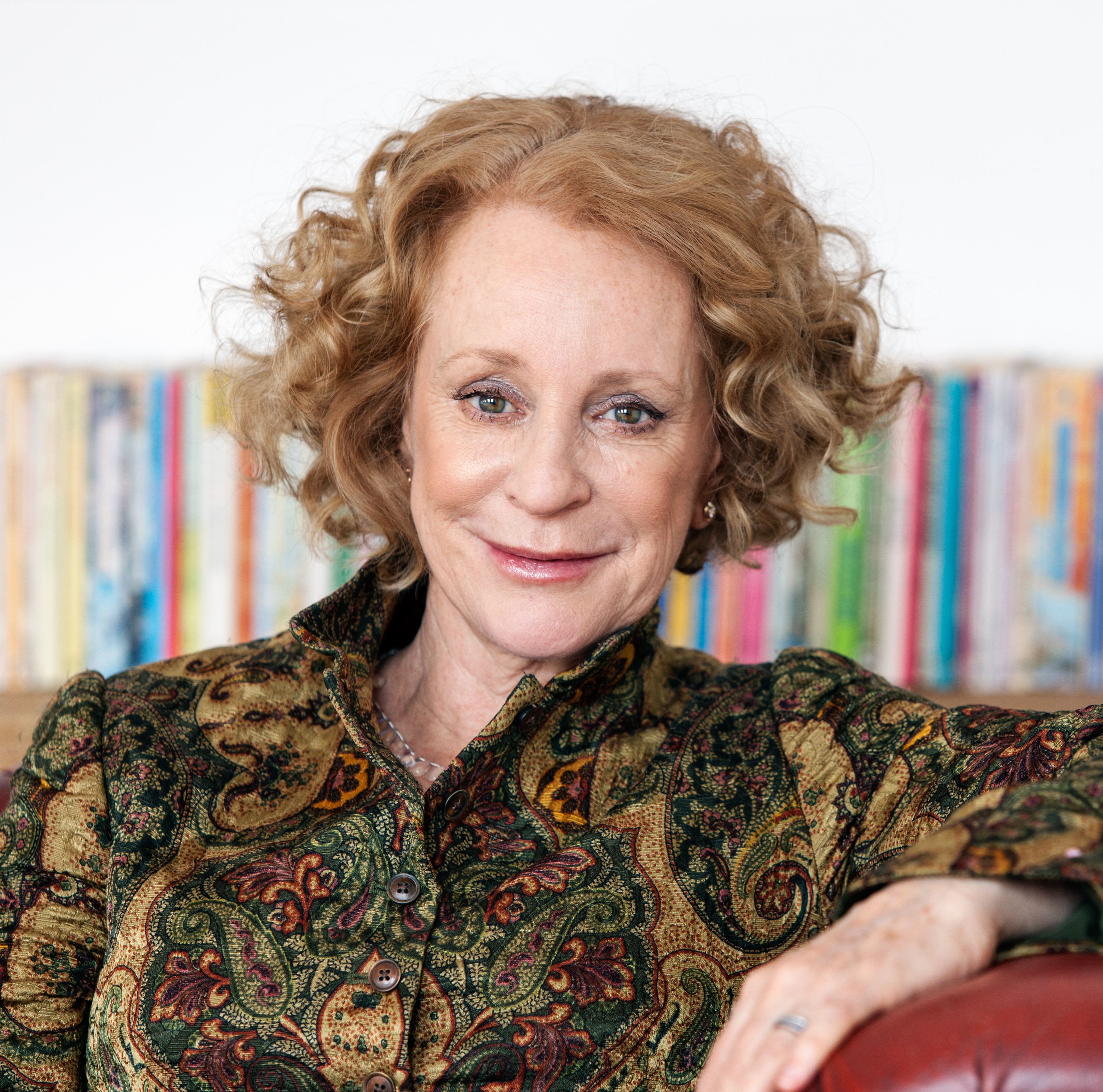 Philippa Gregory's 5 Surprising Facts About Tudor-Era Women